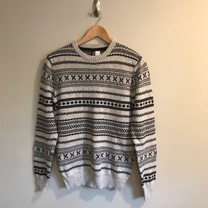 H&M Divided Crewneck Pullover Knit Sweater Size M